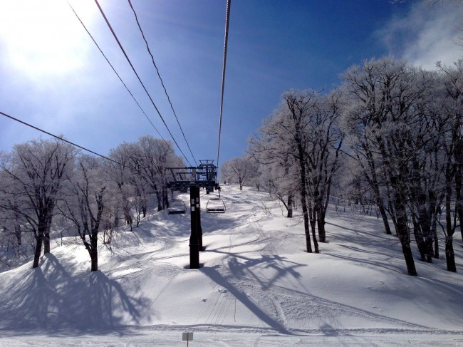 Late March nice little dump and some glorious sunshine in Nozawa