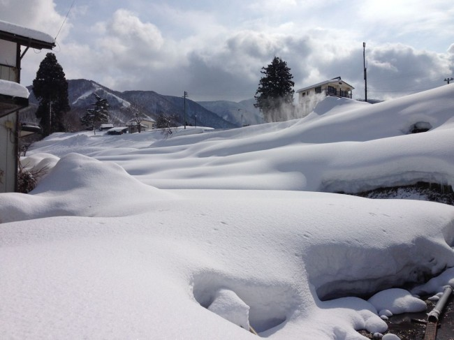"Another ""Magic March Foot"" in Nozawa overnight with a 350cm base in place"