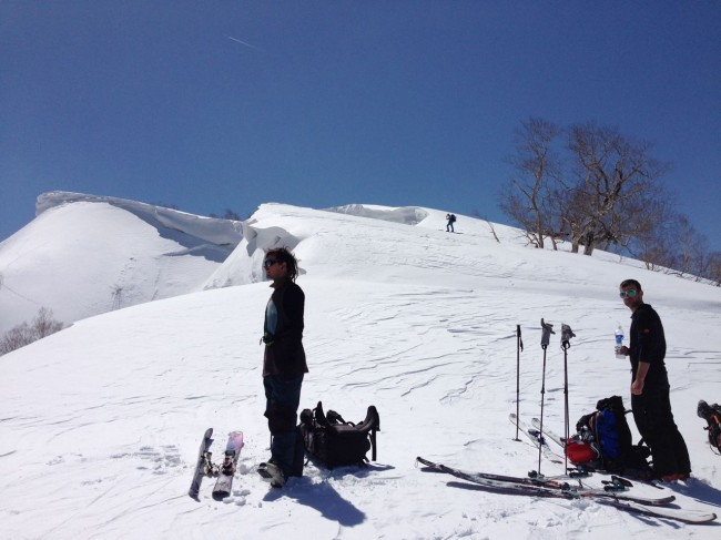 Great time of year to expolre surrounding peaks from Nozawa. The snow is fun and the views spectacular..