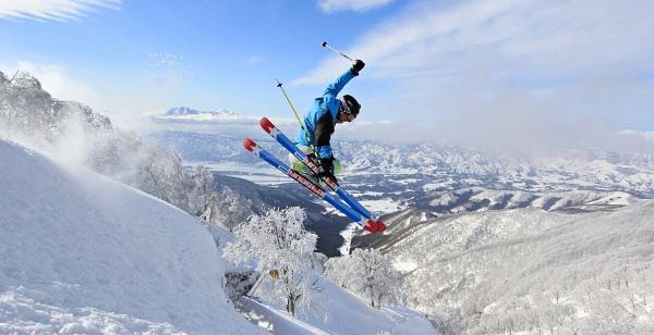 Yep, Jerry can ski!