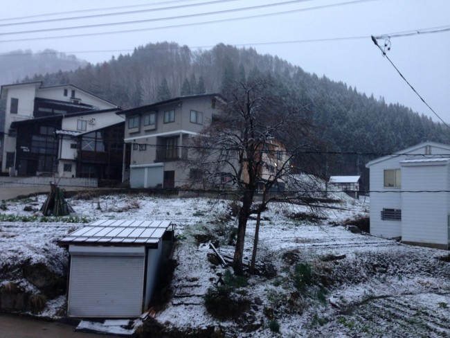Bit of white magic on April 11th in Nozawa with a spring sprinkle of snow