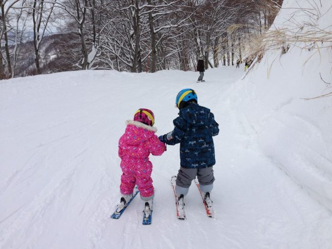 Kids are half price to Ski in Nozawa and if under 6 are free! Start them young..
