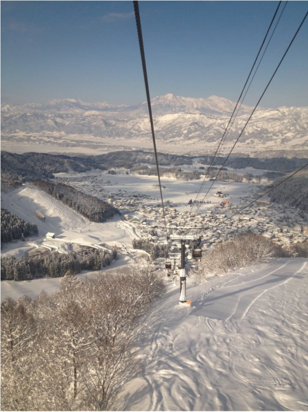 March is Magic in Nozawa Onsen. If can make it come then for me it is the best month